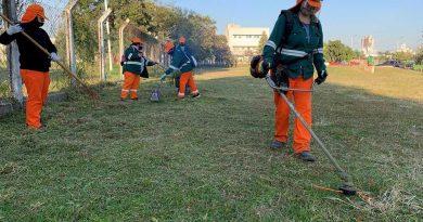 Concretaron un operativo de limpieza en el parque Laguna Argüello